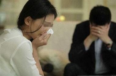 瓷都女子哭诉:公公得癌逼我出20万 婆婆却扣孙子钱打麻将