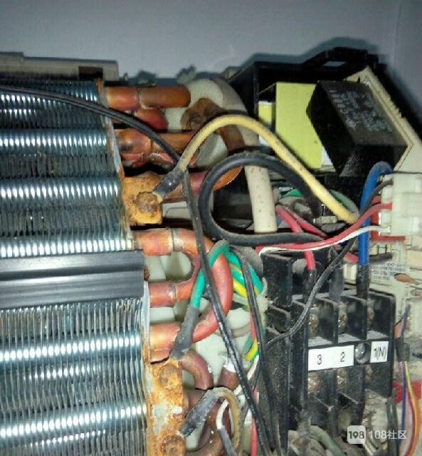 专业维修各种空调.移机加液.清洗保养.冷库.制冰机.风管机.冷风机.