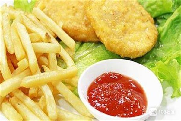 这样的薯逗小吃,不仅适合小孩儿的口味,也适合老人的营养需求,更适合