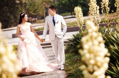 18个同事合起来随礼1314元,新娘:这不是欺负人吗?