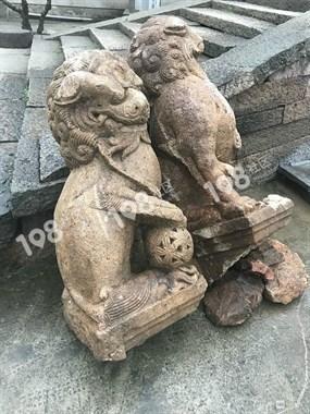 丰惠西门头出老古董了!修路时竟挖出一对石狮子!