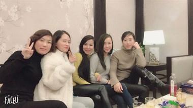 2018毕业照,六个女人一台戏!