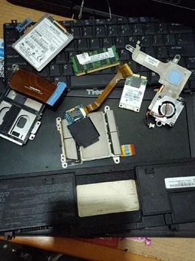 【转卖】戴尔笔记本拆机零件