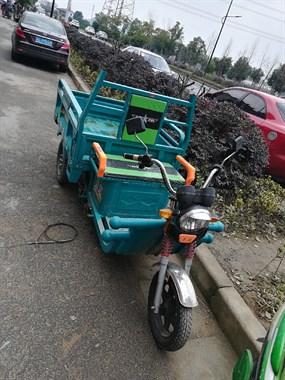 【转卖】环保载货长途中型三轮车