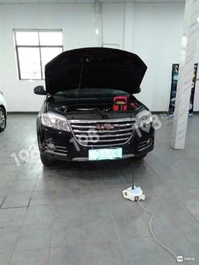 坚决投诉!新买的车,隔2天就得拖去店里充电!