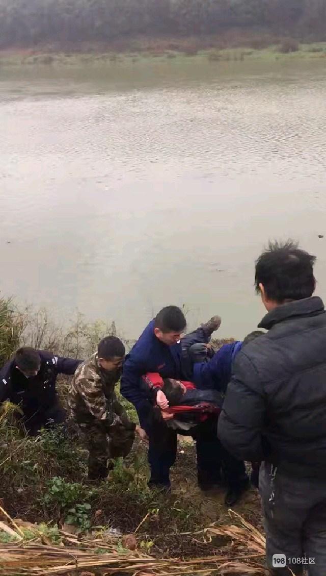 太危险!三贤湖附近一女初中生意外掉河里 幸好…