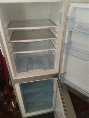 【转卖】冰箱热水器低价出售