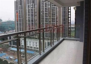 凹阳台和凸阳台,到底该如何选择?售楼部亲戚私下告诉我