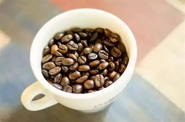 """不吃药,不节食,喝对""""咖啡""""就能月减14斤,惊艳逆袭!"""