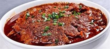 教你简单6步做出 一道来自北宋的盐帮菜水煮牛肉,麻辣鲜香嫩滑